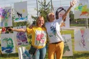 В Волгограде открылась благотворительная выставка