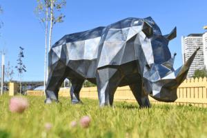 Из чего и как сделаны новомодные скульптуры, украшающие центр Волгограда