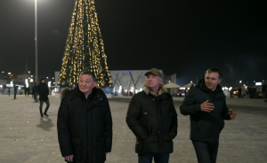 Губернатор с мэром начали год с обхода центра Волгограда