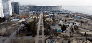 В Волгограде показали с высоты превратившийся в плац ЦПКиО